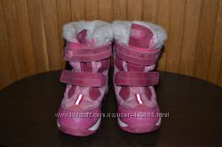 Продам очень теплые детские зимние сапожки 32 размера