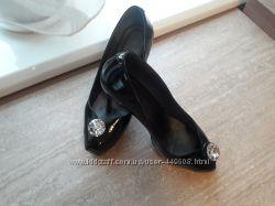 Продам элегантные женские туфли MATIVI