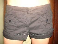 Женские джинсовые черные шорты
