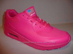 Женские кроссовки Nike Air Max 90 Hyperfuse.
