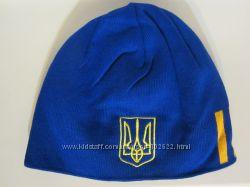 Утепляемся - шапки для футбольных болельщиков