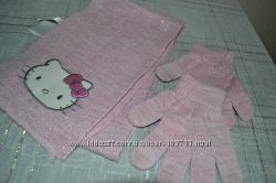 Шарф и рукавички с Китти