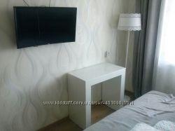 Продаю стол-консоль трансформер цвет белый глянец от производителя