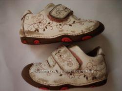 туфельки-кроссовки D. D. Step кожа 21р 13 см
