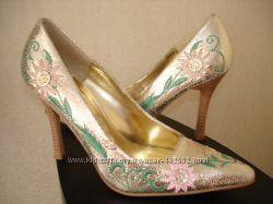 Туфли золотые VAMP 235 cм 36-37р