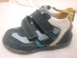 продам кроссовки minimen