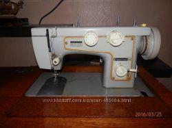 продам швейную машинку Подольск 142 с электроприводом