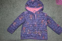 Стеганая курточка для девочки состояние идеальное