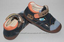 Кожаные анатомические туфельки р. 20, 21. D. D. Step, с защитой от сбивания