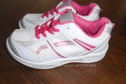 кроссовки для мальчика и девочки