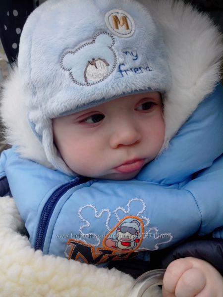 Зимняя шапочка в идеальном состоянии  рукавички