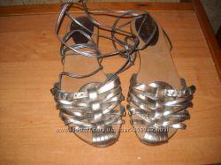 Босоножки, туфли фирмы ANDRE на 39, 40 размеры.