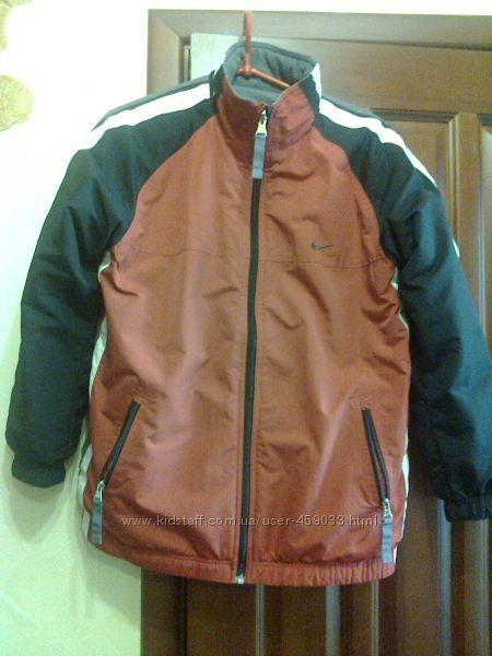 Продам куртку Nike, оригинал