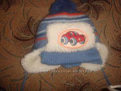 Детская зимняя шапочка с шарфиком