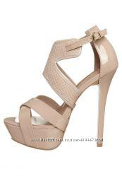 Более 1000 моделек брендовой обуви. На любой вкус, цвет и размер.