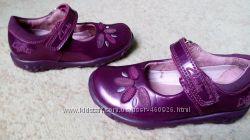 Красивые туфли Clarks с мигалками, 13, 5 см