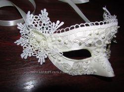 Новогодняя карнавальная маска