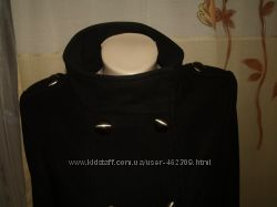Продам фирменное оболденное пальто. мягкое и не колится