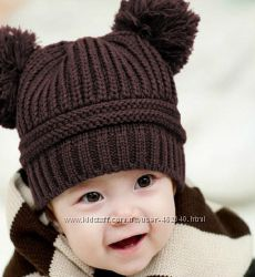 Теплые деми шапочки с бубонами, разные цвета