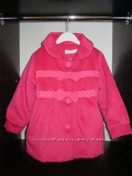 Очень красивое и теплое пальто для девочки.