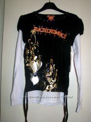 Продам или обменяю футболка , со стразами Akademiks на девушк