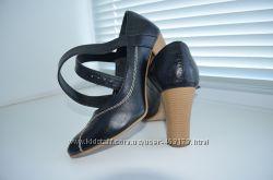 Туфли новенькие