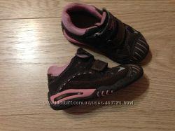 детские фирменные ботинки, 23 размер