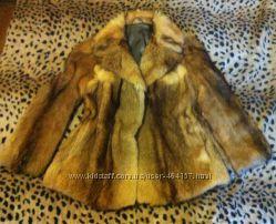 Шикарный полушубок с лисы натуральный  р. 46-48, L-XL.  как новый