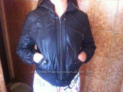 Фирменная кожаная курточка Top Shop  р. S-M