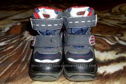 Продам ботинки Tom. m