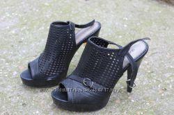 Босоножки на каблуке ваша цена