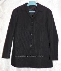 Костюм пиджак и брюки Robarto Bartoloni, размер 48, одет 1раз на пару часов