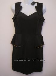 Платье новое с баской шипами черное мини S