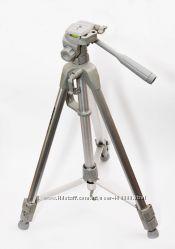 Штативы новые Arsenal ARS-3740 Silver Line, чехол в комплекте.