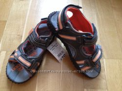 Літні сандалі для хлопчика George, 19 та 20см
