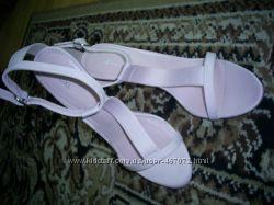 Вишукані та тендітні жіночі рожеві босоніжки на шпильці р. 40 0ff780db10818