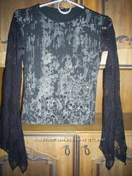 Праздничная кофта с гипюровыми рукавами