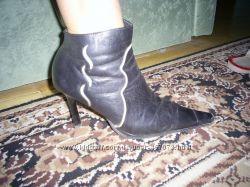 Ботільйони черевички жіночі шкіряні чорні