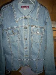 Джинсова жіноча куртка
