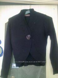 Продается элегантная черная кофта-болеро
