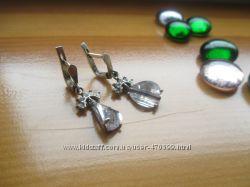 серебряные серьги  6, 6гр.