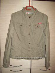 Классная  коттоновая   куртка пиджак  ХЛ размер