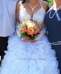 Платье свадебное. Срочно. Очень красивое Торг