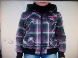 Классная  курточка на весну-осень утепленная 46-48 размер. Новая