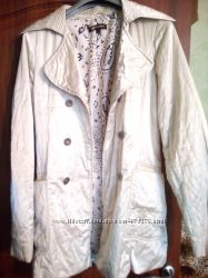 разные плащи и курточки