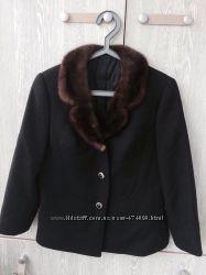 Пальто шерсть S-M.