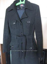 Весенне-осеннее пальто 44 размер