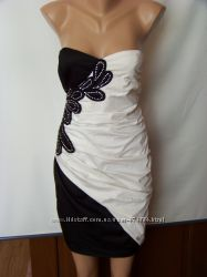 Вечернее черно-белое платье бюстье с драпировкой Creativity