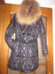 Зимняя женская курточка пуховик