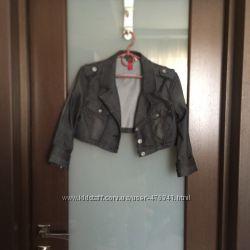 Укороченная джинсовая курточка, пиджак Vero Moda.
